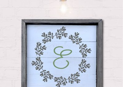 7024-Wreath-Monogram